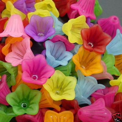 Lucite (Acrylic) Flowers - Mixed Colours - Trumpet Flower (15mm) - 20g
