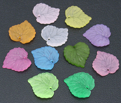 Lucite (Acrylic) Leaves - Mixed Colours - (15x16x2mm) - 20g